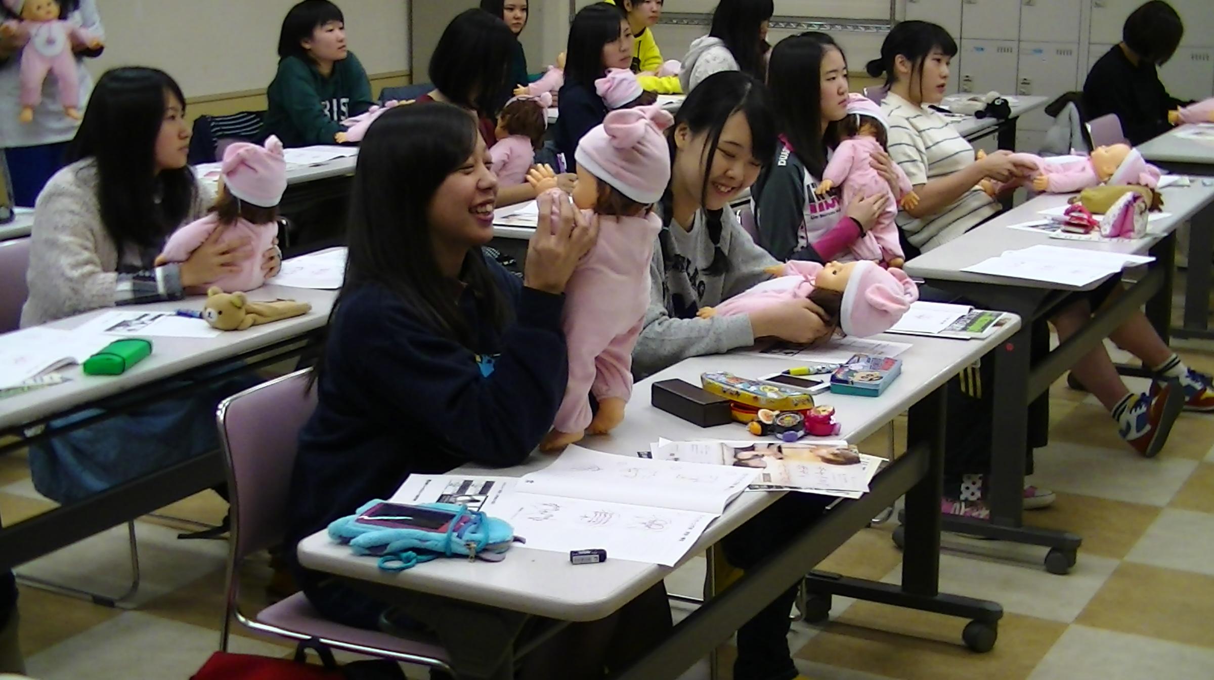 札幌リゾート&スポーツ専門学校 IHTA認定チャイルドボディセラピスト ベビーマッサージ初級講座開催