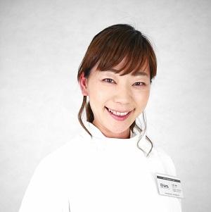 片桐磨美さん